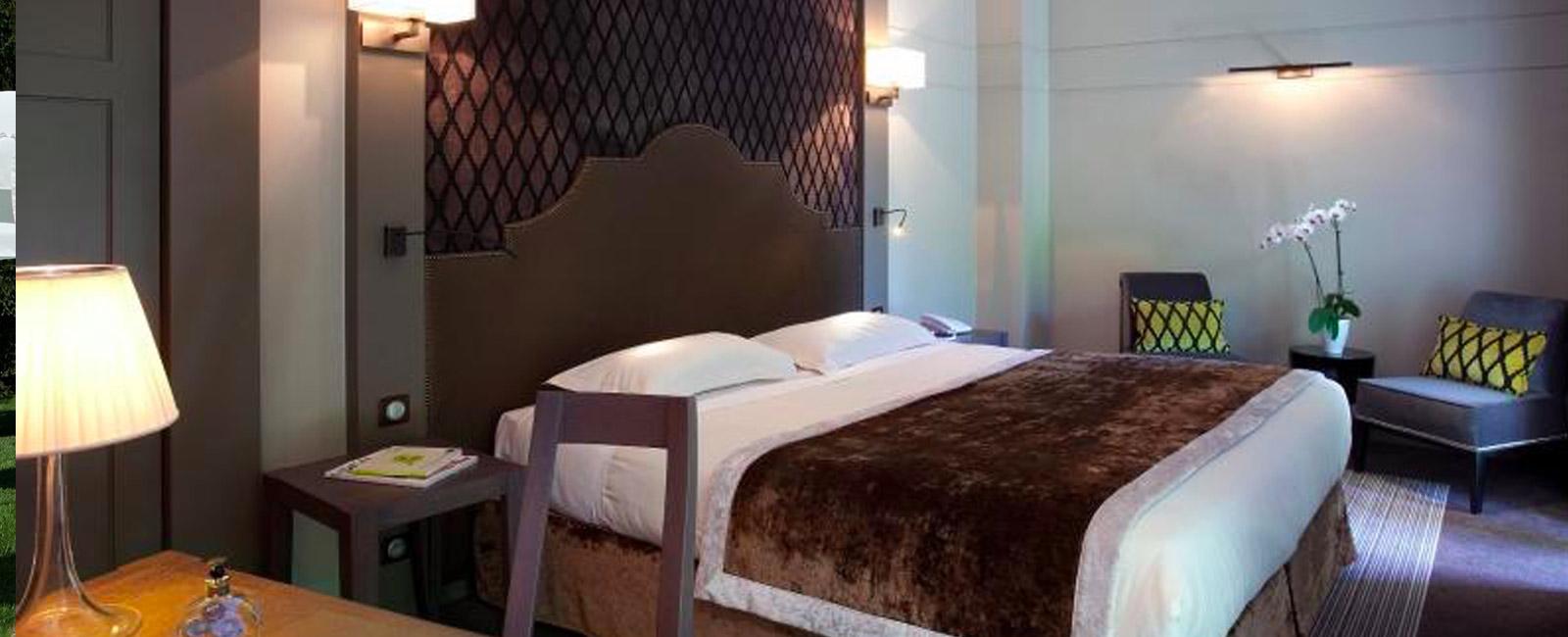 Chambre hôtel Aix les Bains