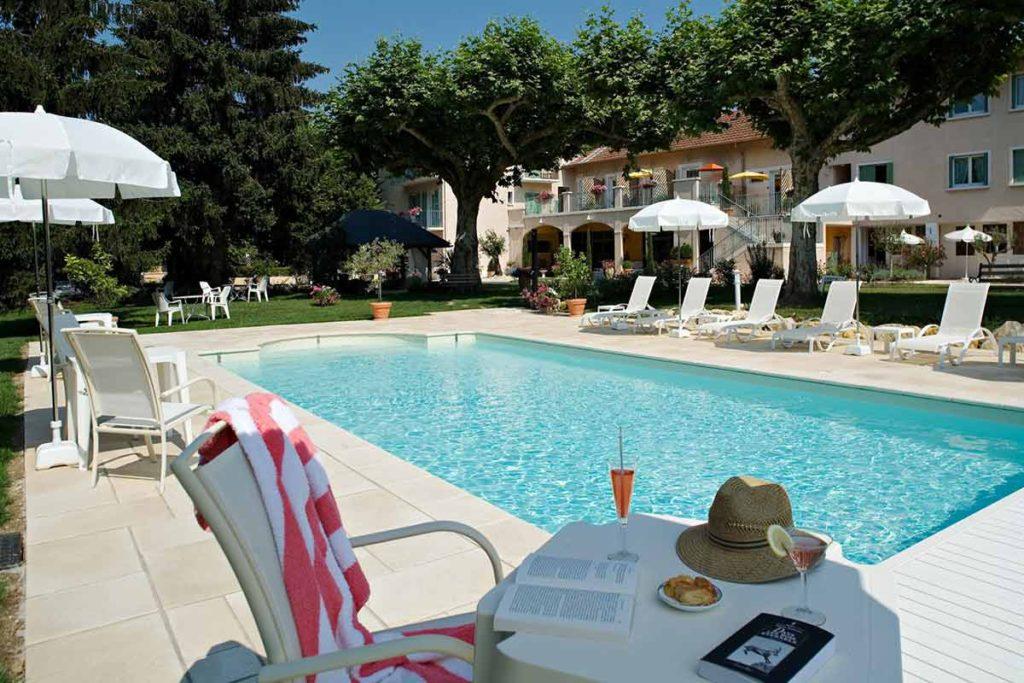 Hôtel piscine Aix les Bains